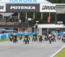 青木ノブアツ杯BATTLAXハルナミニバイクレース第2戦が開催されました。第3戦は8月3日に榛名サーキットで開催されます
