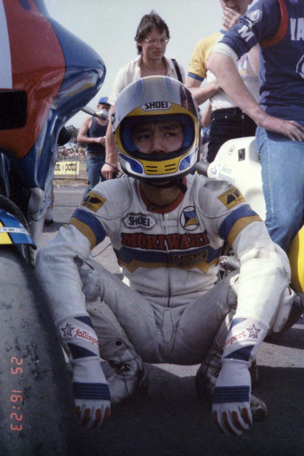 1984_Australia 11-25_(レース2前の宮城)