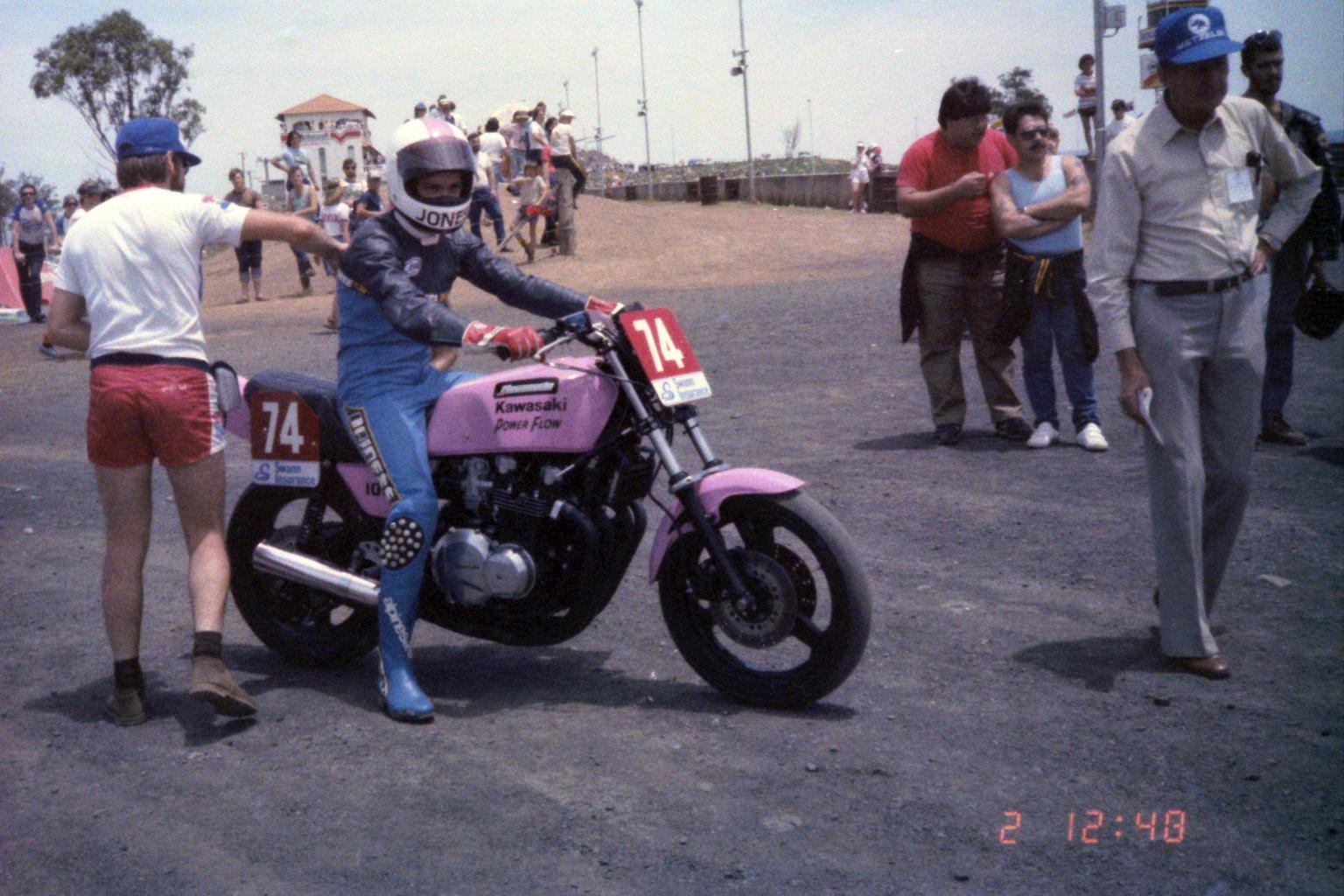 1984_Australia-12-2_サイモン・ジョーンズのKAWASAKI950cc