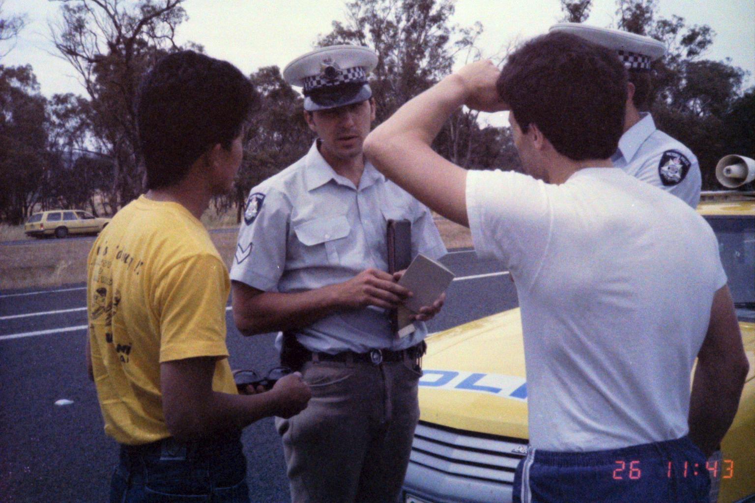 1984_Australia 11-26_(いったい何?)