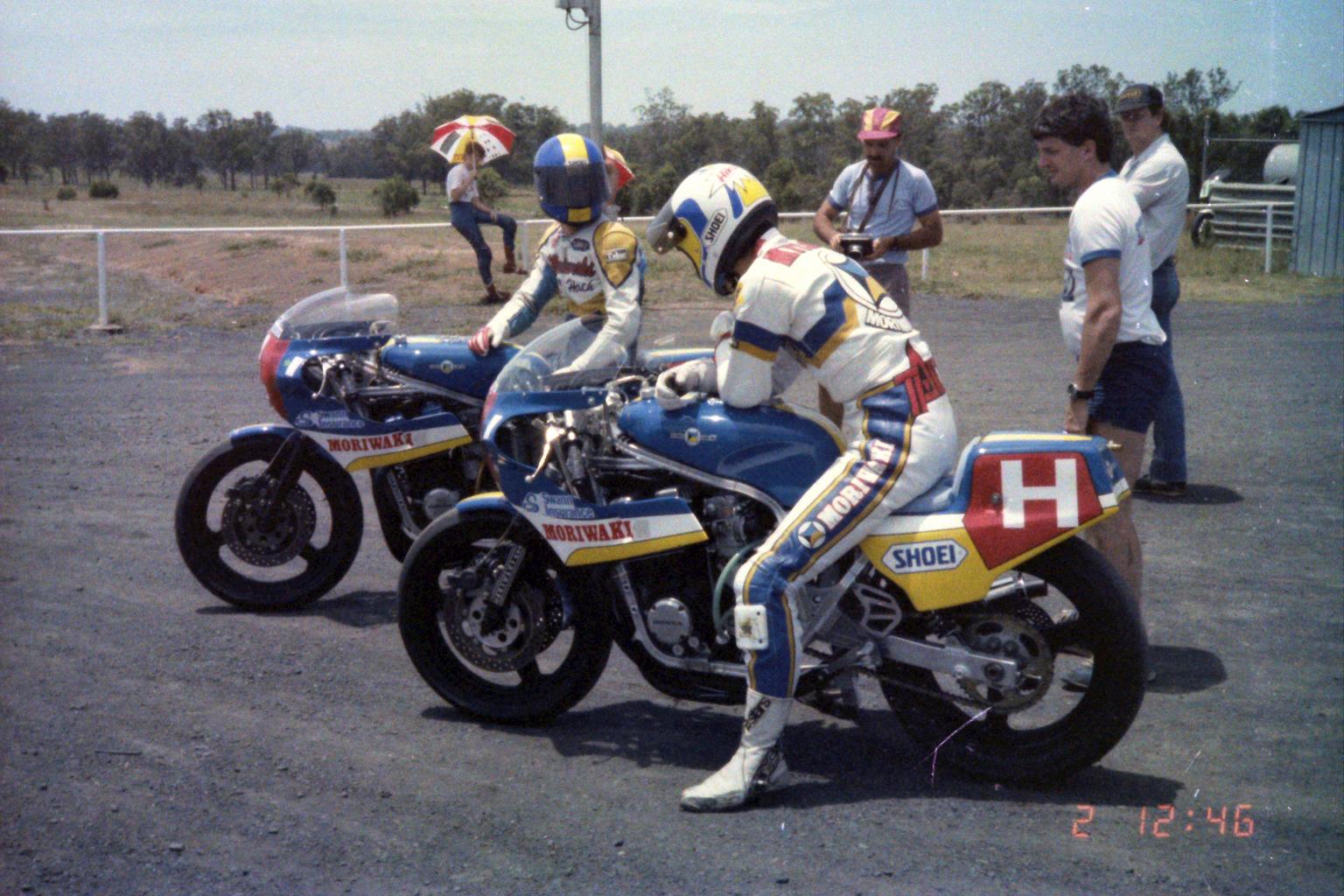1984_Australia-12-2_第1レースコースイン直前_1